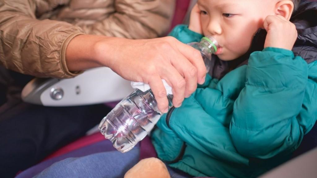 como evitar el dolor de oido en el avion